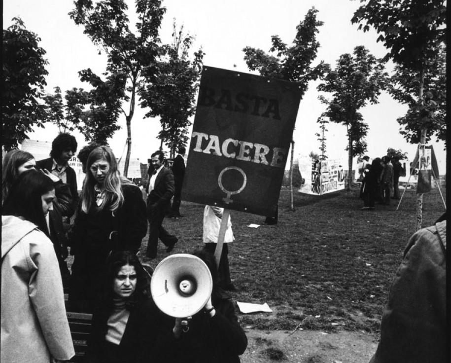 """Paola Mattioli, da """"Immagini del NO"""", 1974"""